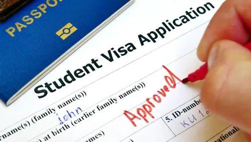 留学美国大新闻 | 加州19学年不开学!美签支持电子版I-20,网课不影响回国认证