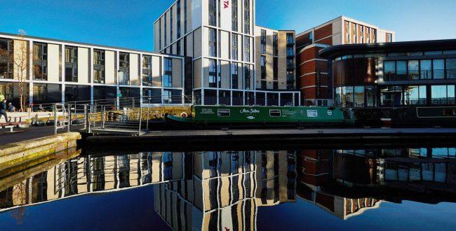 聆听在爱丁堡大学租房的一曲风笛