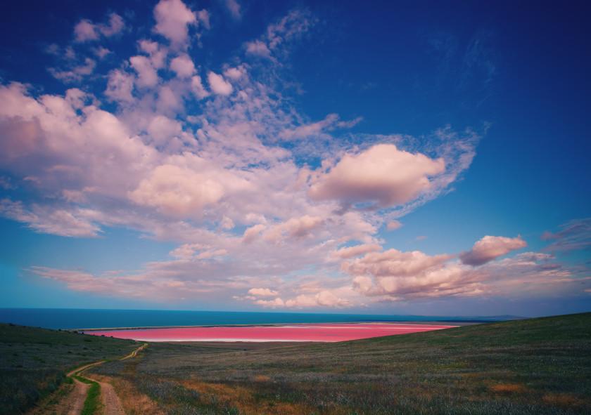 study in australia: pink lake