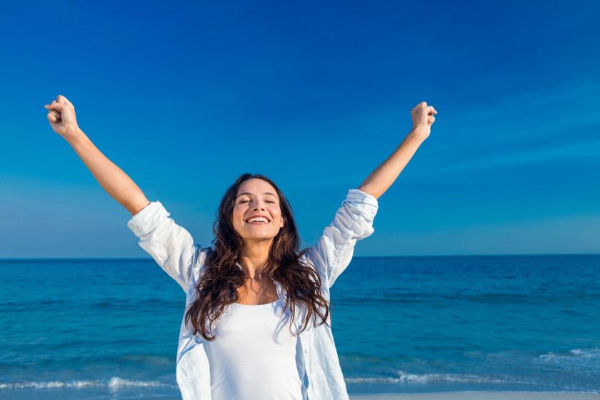 English phrases happy as larry very happy girl on beach