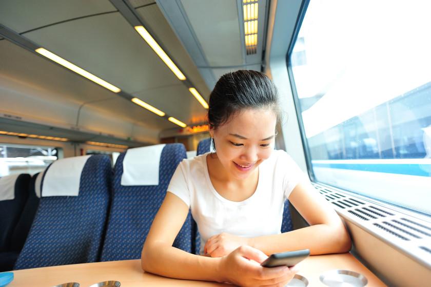 student travel london underground: train
