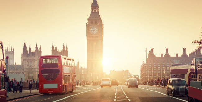 25 Important Life Hacks for International Students in London