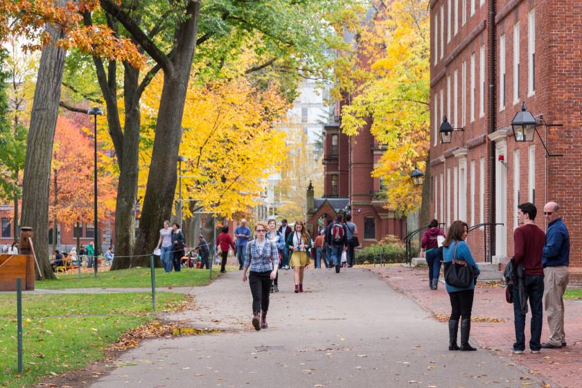 10 Best Scholarships For International Students_Fullbright
