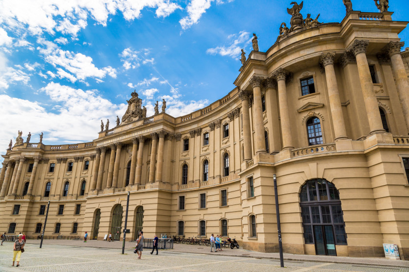 10 Best Scholarships For International Students_Germany
