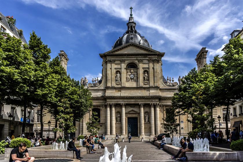 10 Best Scholarships For International Students_Sorbonne